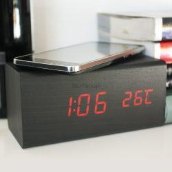 Quazar Charger Clock Station Óra és vezeték nélküli töltő